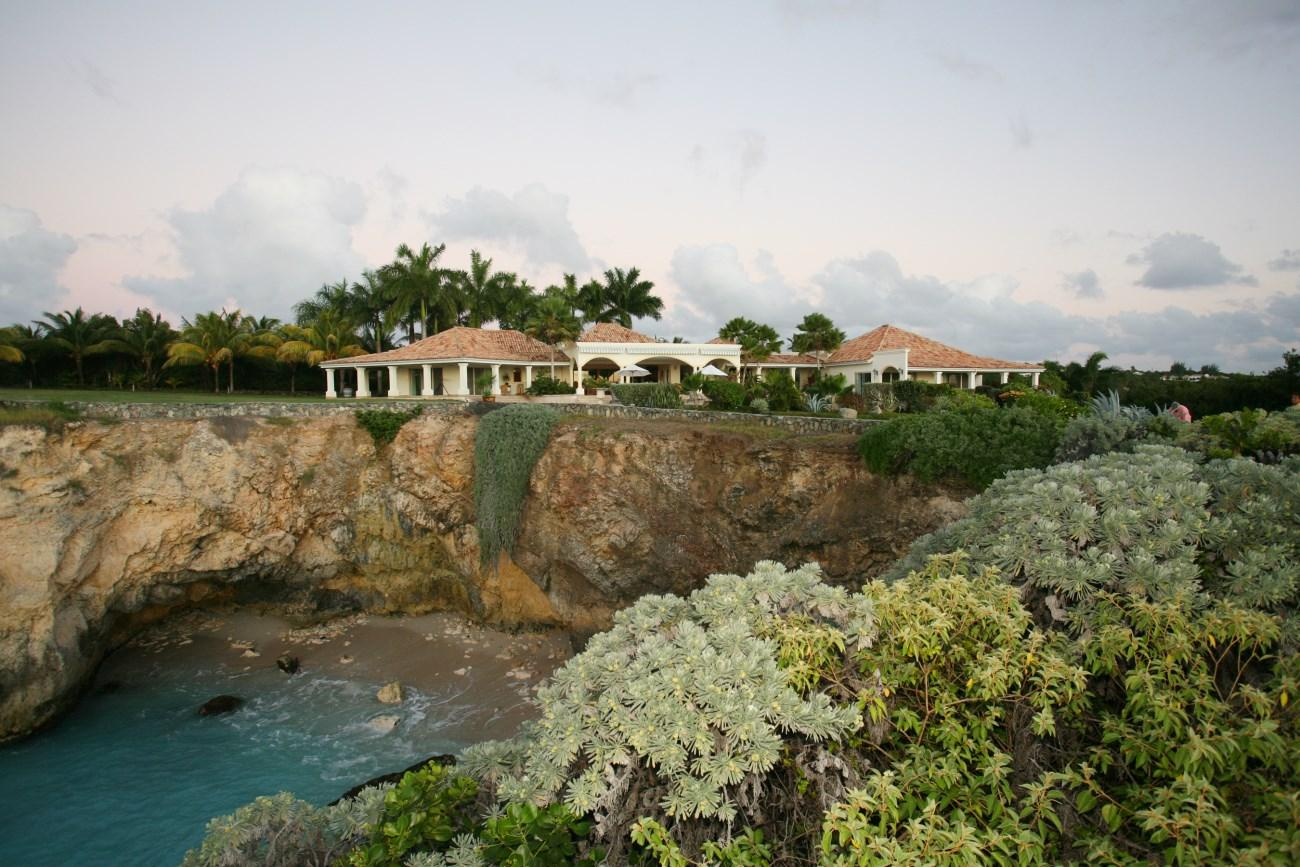 Luxury homes in The Plum Beach Estate