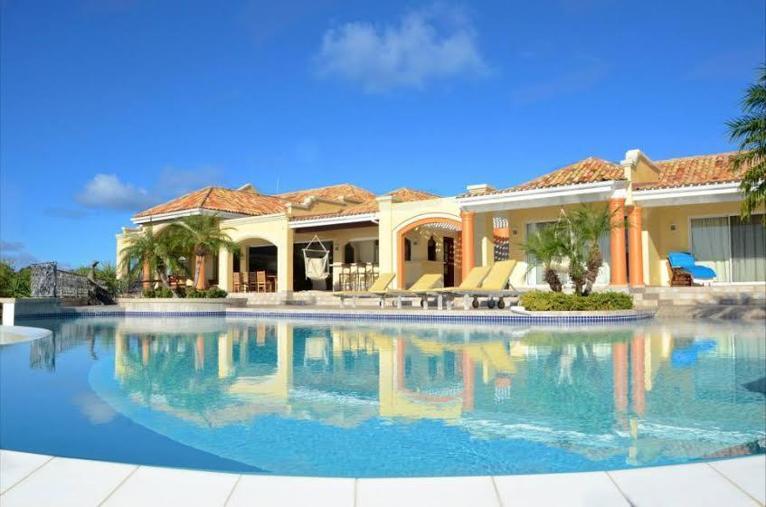 Terres Azure Estate luxury real estate
