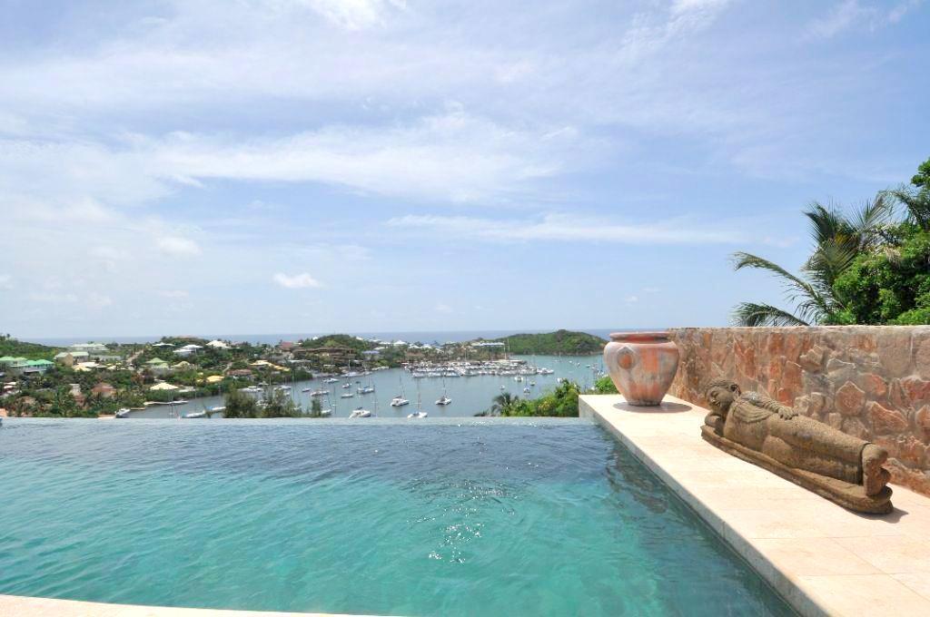 Luxury homes -Villa Riviera