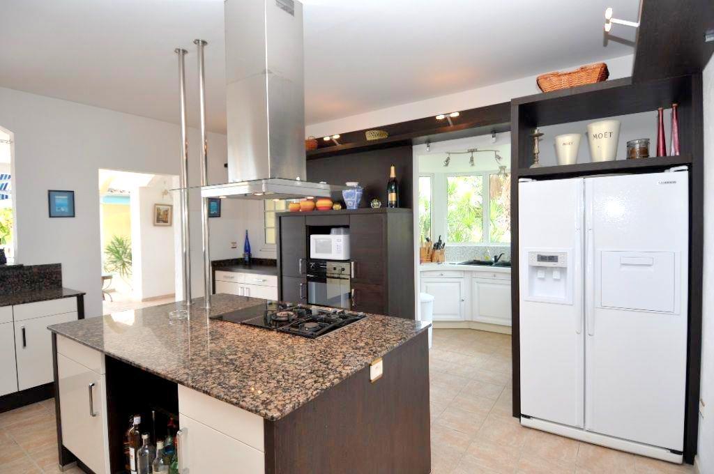 Luxury real estate Villa Les Cascades