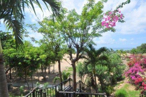 Terres Basses Beachfront Villa mansions
