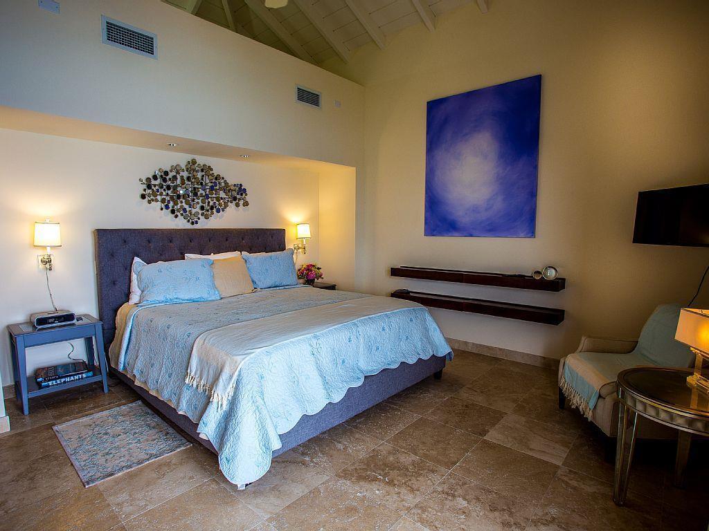 Luxury properties Shore Point