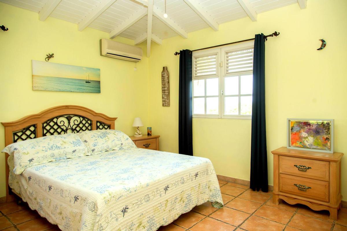 Villa Karibe luxury homes