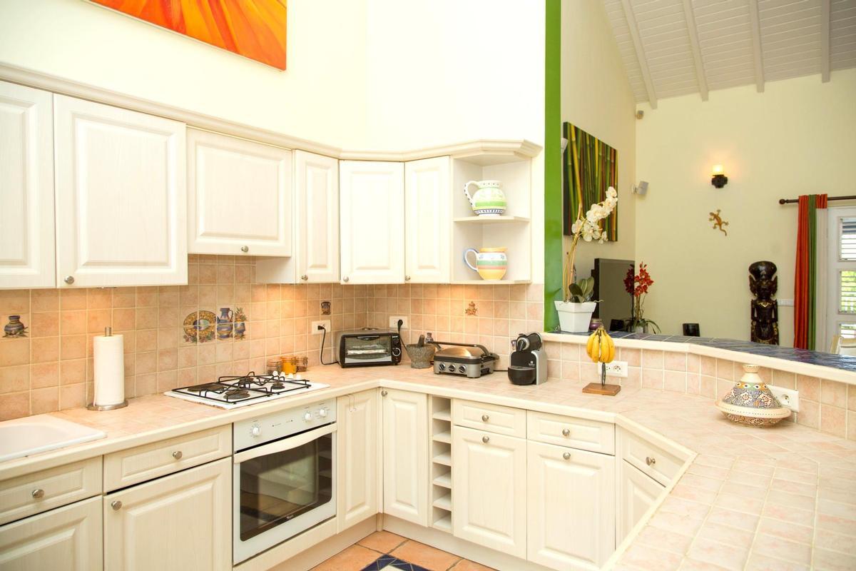 Luxury properties Villa Karibe