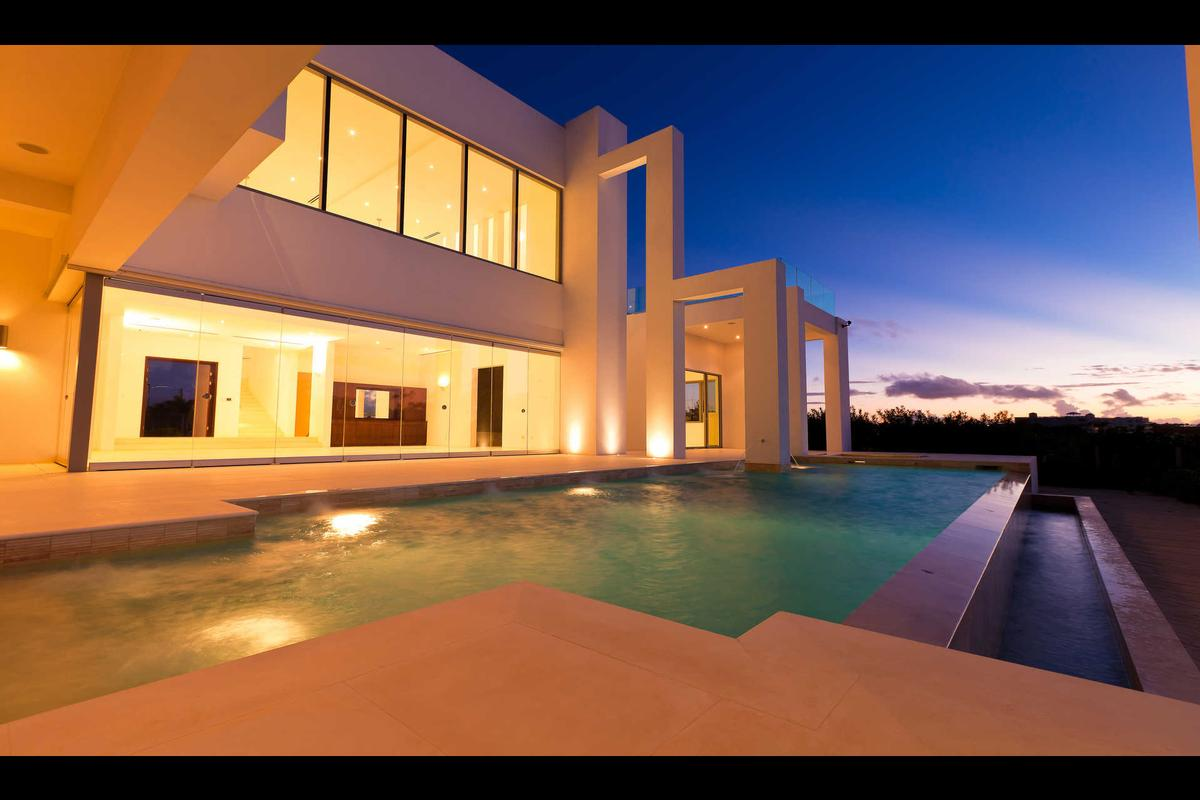 Signature Villas luxury homes