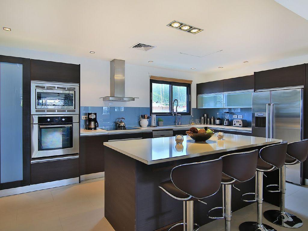 Las Brisas luxury real estate