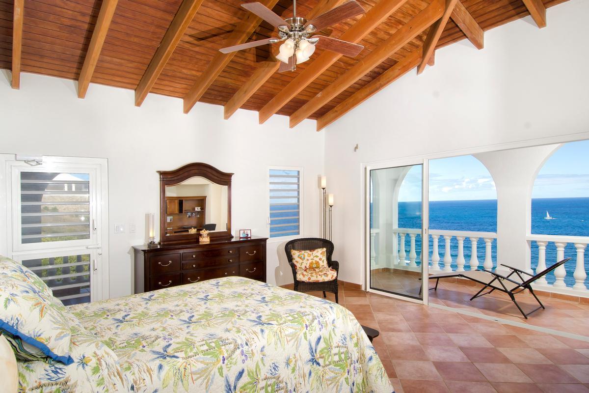 Villa Rosa luxury real estate