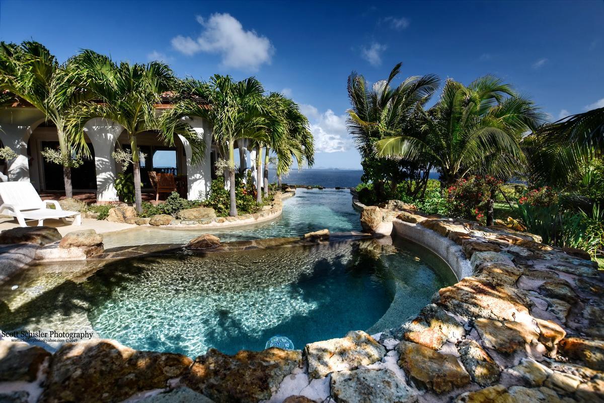 Luxury properties Villa Rosa