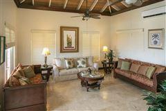 Luxury real estate Villa Lantano - best buy in peter bay