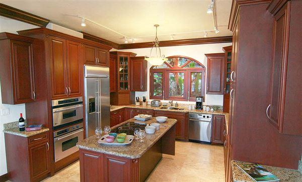 Villa Lantano - best buy in peter bay luxury homes