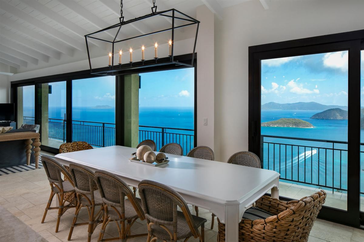 magnificent luxury pool villa   luxury homes