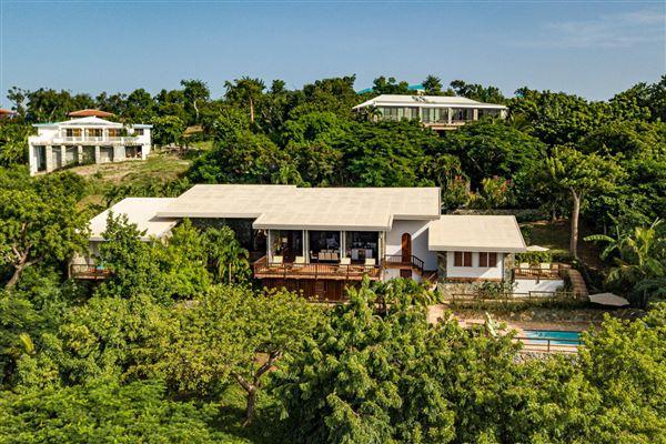 Luxury properties Sunset View