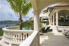 Luxury properties Villa Insatiable