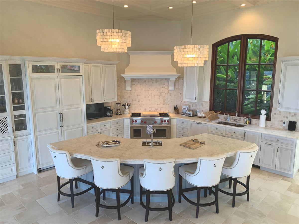 Villa Insatiable luxury real estate