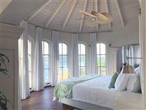 Luxury real estate Villa Insatiable