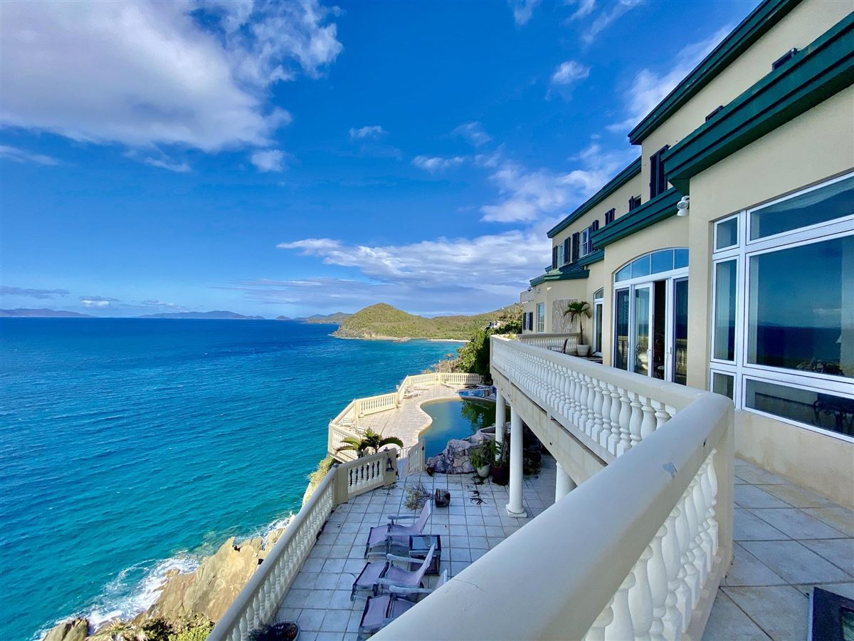 Casa Sul Mare - eight bedroom waterfront residence luxury homes