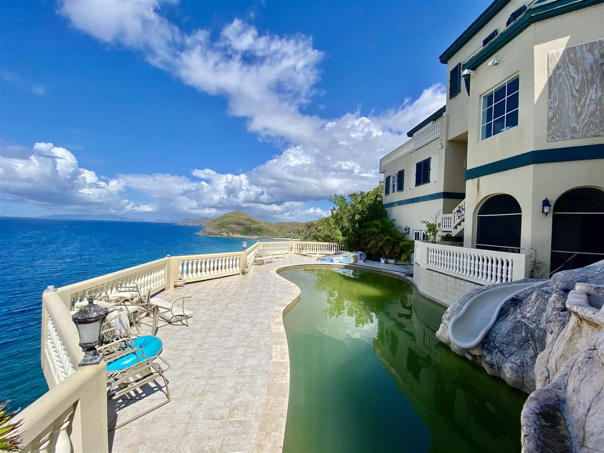 Casa Sul Mare - eight bedroom waterfront residence luxury real estate