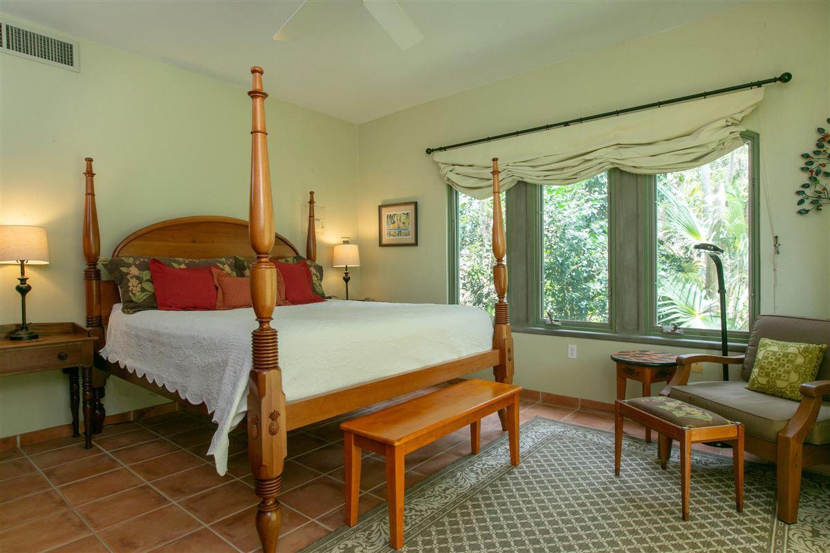 Villa Peace and Plenty in st john mansions
