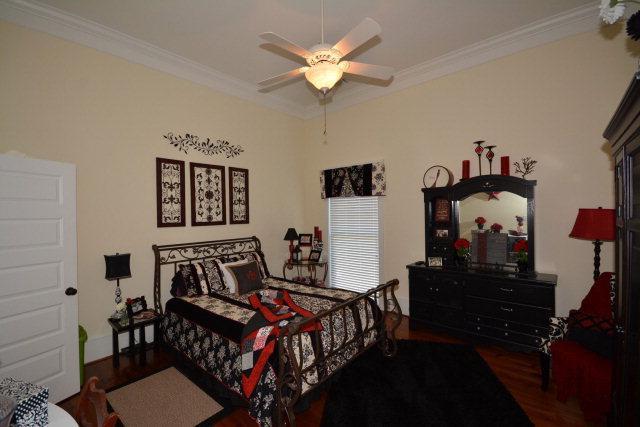Luxury homes Antebellum Charmer on Savannah River