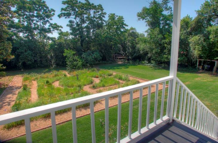 Luxury properties Historic Sand Hills Cottage