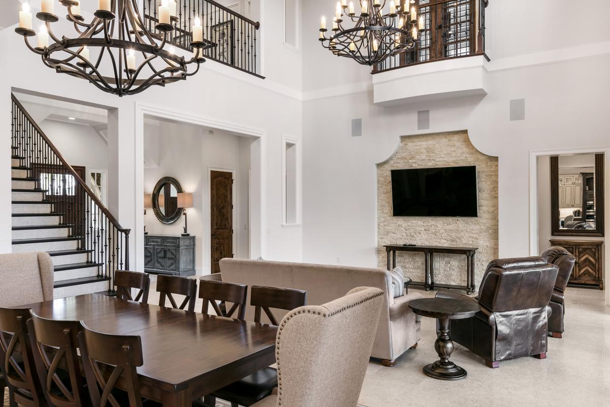 Luxury properties 10233 MOREY COURT